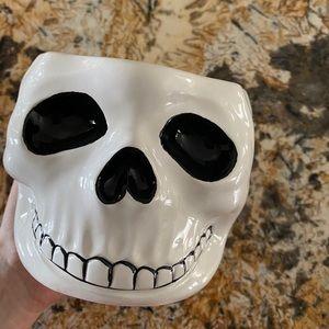 Ceramic skull bowl